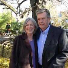 Anne & Bill — хозяин.