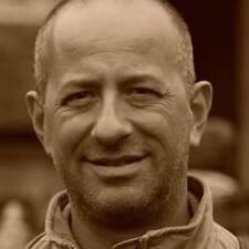 Profil Pengguna Pier Nicola