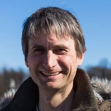 John-Henning0