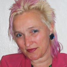 โพรไฟล์ผู้ใช้ Anne Helene