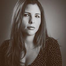 En savoir plus sur Cristina Isabel