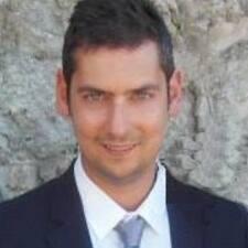 Élie User Profile