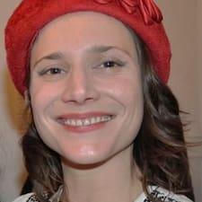 Claire-Louise Kullanıcı Profili
