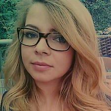 Carolin User Profile