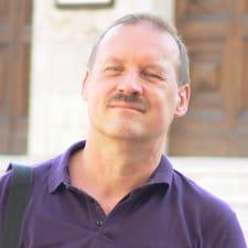 Tibor Brugerprofil