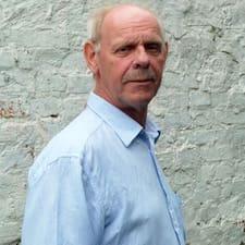 Mogens User Profile