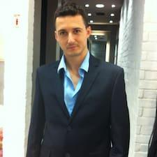 Yaniv User Profile