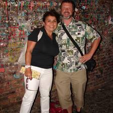 Susan Und Lothar ist der Gastgeber.