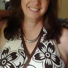 Toni Lynn User Profile