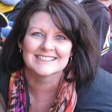 Julie-Anne - Uživatelský profil