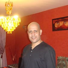 Användarprofil för Younès