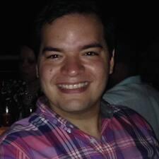 Profil Pengguna Octavio