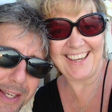 โพรไฟล์ผู้ใช้ Gary & Mary