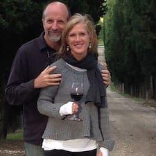 โพรไฟล์ผู้ใช้ David & Catherine