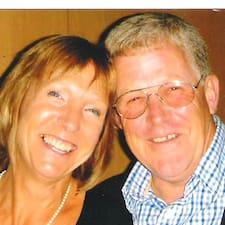 Steve & Julie的用戶個人資料