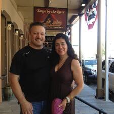 Alejandra And Charles es el anfitrión.