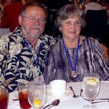Naomi And Joe Brugerprofil