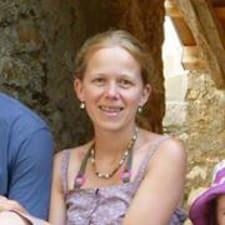 โพรไฟล์ผู้ใช้ Anne-Sophie