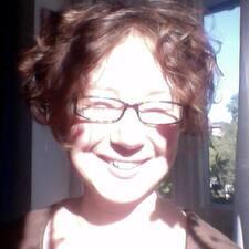 Profil Pengguna Johanna May