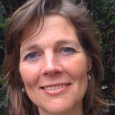 Liesbeth User Profile