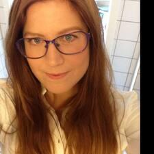 Julie Nora User Profile