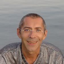 Darko felhasználói profilja