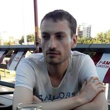โพรไฟล์ผู้ใช้ Arnaud
