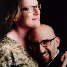 Mary And David Brukerprofil