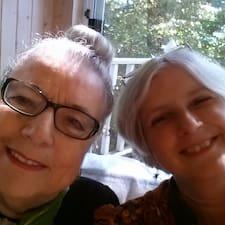 โพรไฟล์ผู้ใช้ Ardis And Teresa