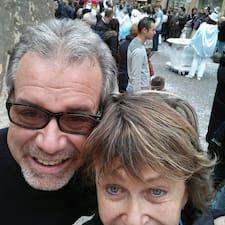 Elaine And Michael님의 사용자 프로필