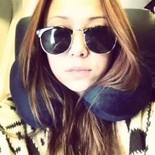 Sienna felhasználói profilja