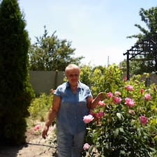 Тамара Николаевна je domaćin.