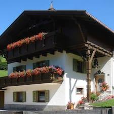 Ciasa Confolia - Kronplatz - Dolomi is the host.