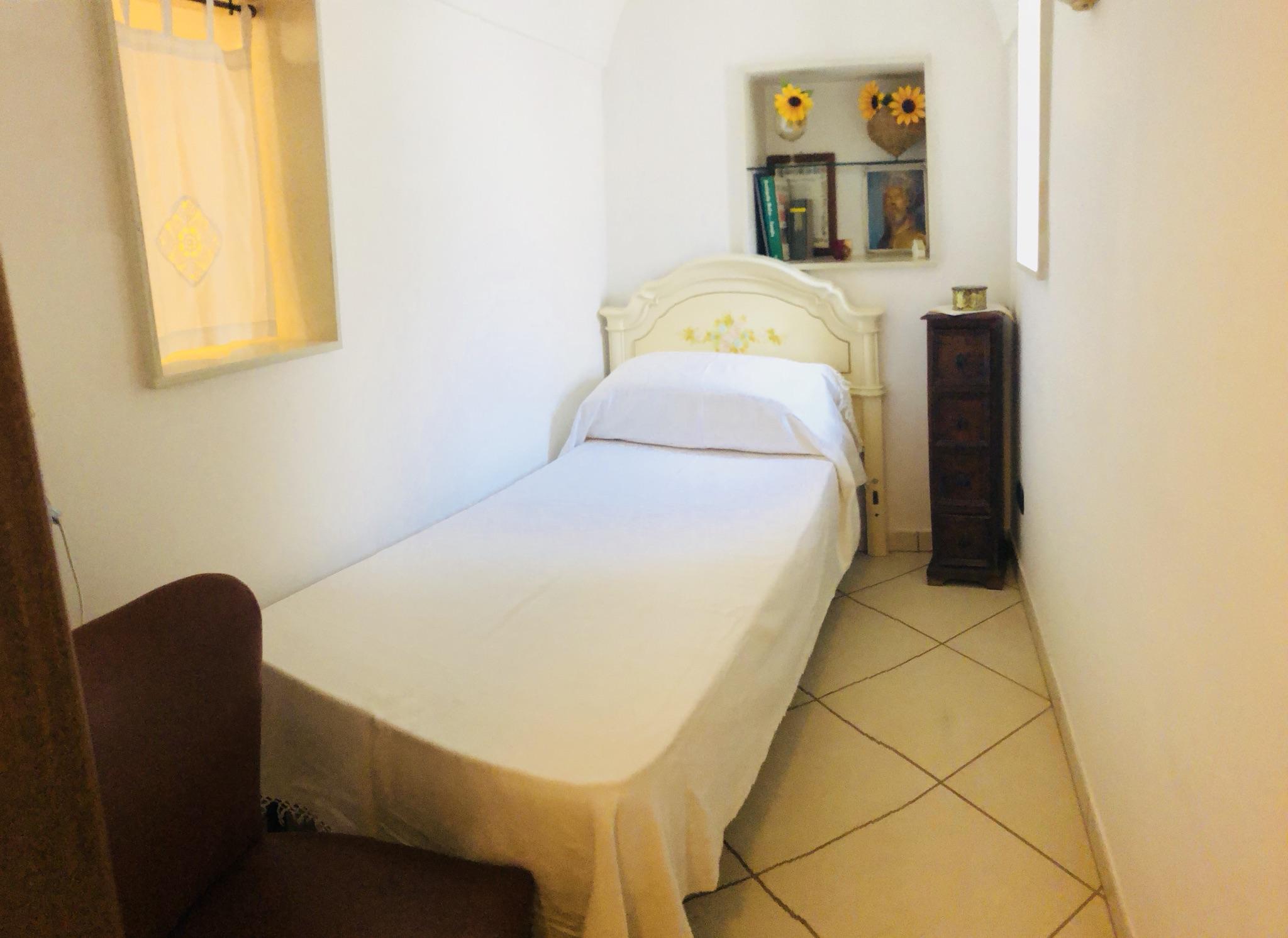 Camera Matrimoniale A Grottaglie.Casa Indipendente Nel Cuore Del Centro Storico Houses For Rent