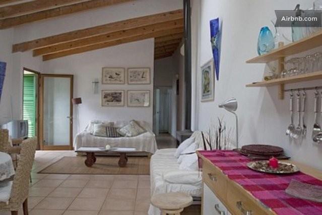 Casa con piscina jardin y barbacoa in soller for Casas con jardin y piscina