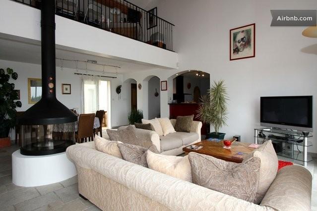 Villa de r ve piscine jardin cinema in aix en provence for Seance cinema salon de provence
