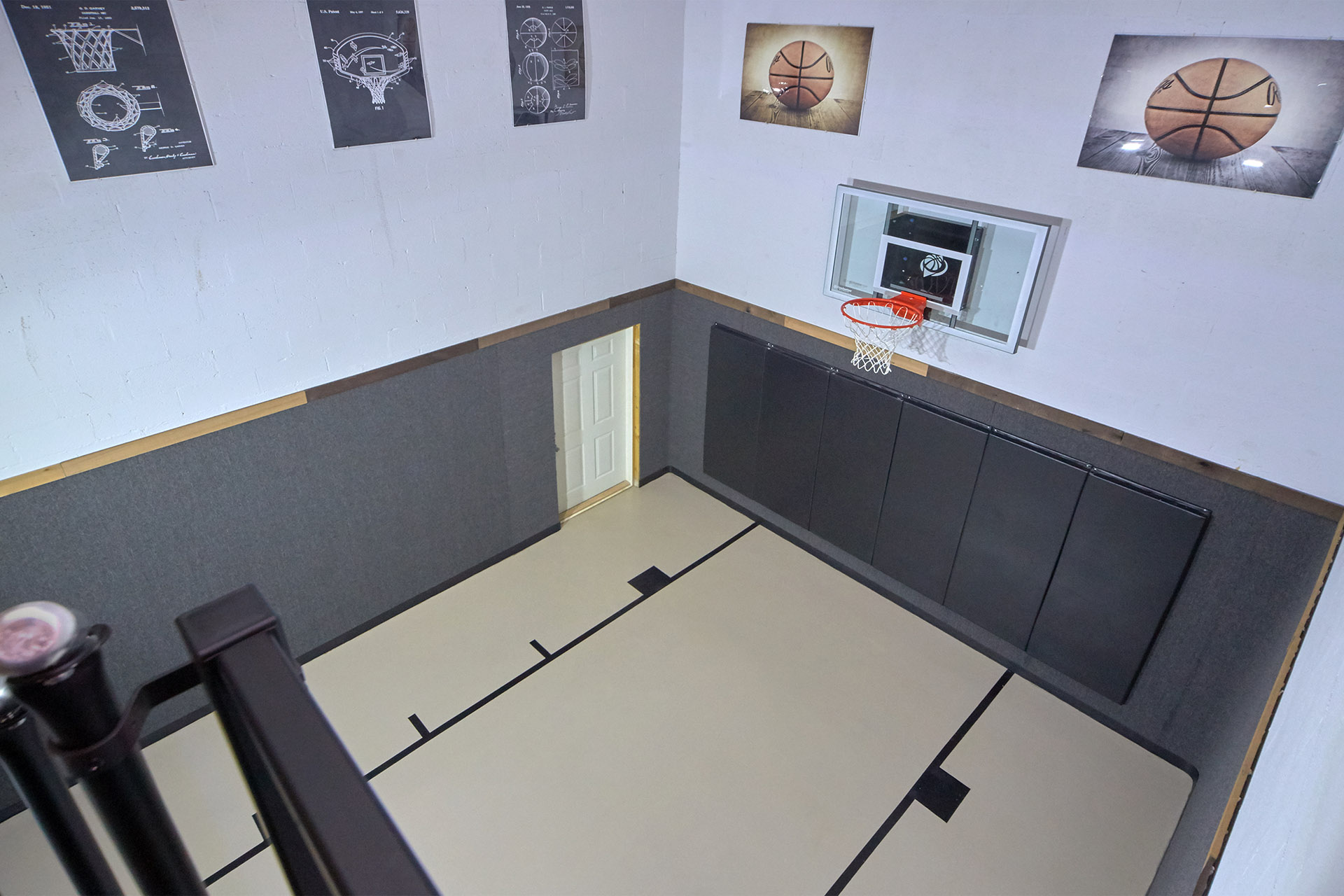 Top Notch Lodge Indoor Basketball Court Cabins For Rent In Sevierville Tennessee United States