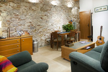 Raval-Ramblas Cheap Room TVHD-WiFi