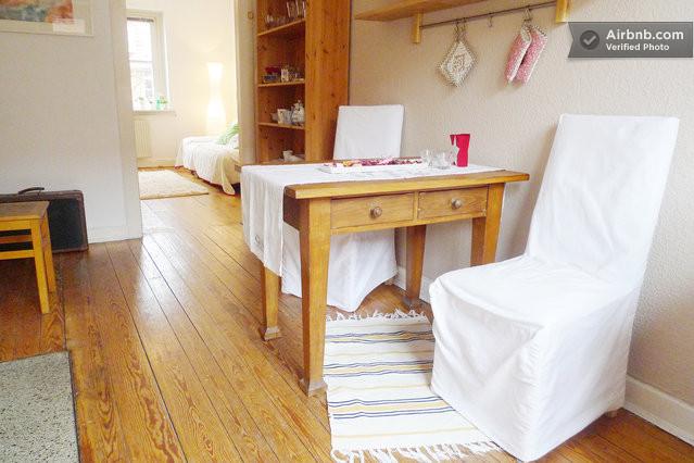 gem tlich wohnen zentral in altona in hamburg. Black Bedroom Furniture Sets. Home Design Ideas