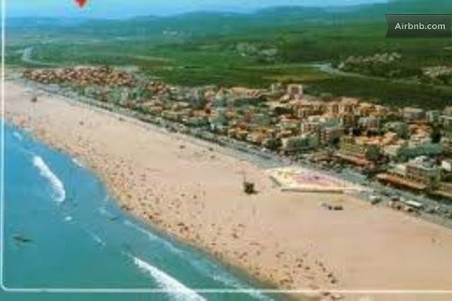 Locations saisonni res et locations de courte dur e for Piscine narbonne