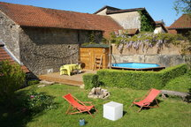 Maison en pierre du bugey + piscine