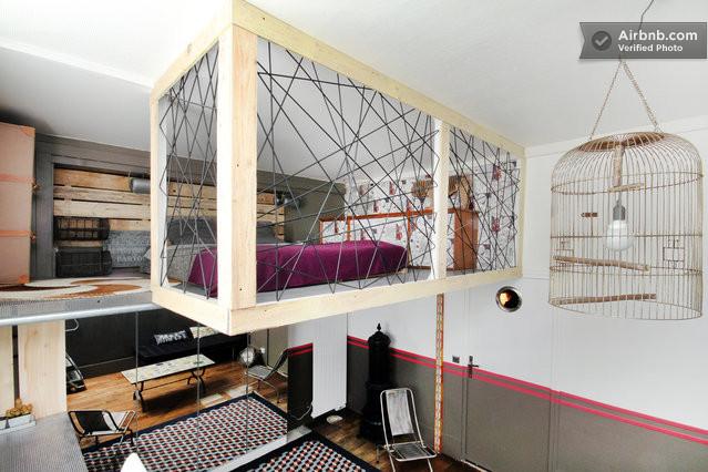 Montmartre loft parisian romance in paris - Construire une mezzanine suspendue ...
