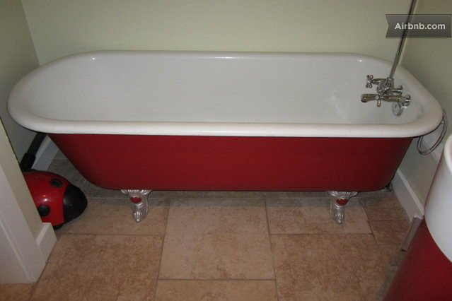 Newly built heritage style suite in nelson for Built in clawfoot tub