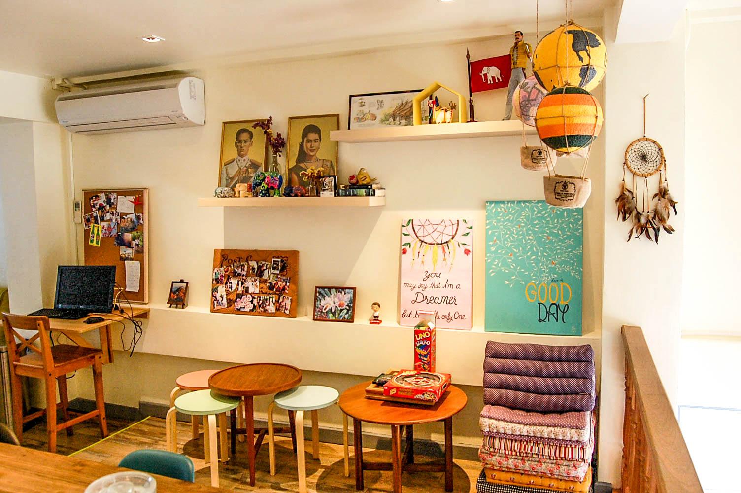Female Dorm Room 4 Bunk Beds Hostels For Rent In Bangkok Thailand Thailand