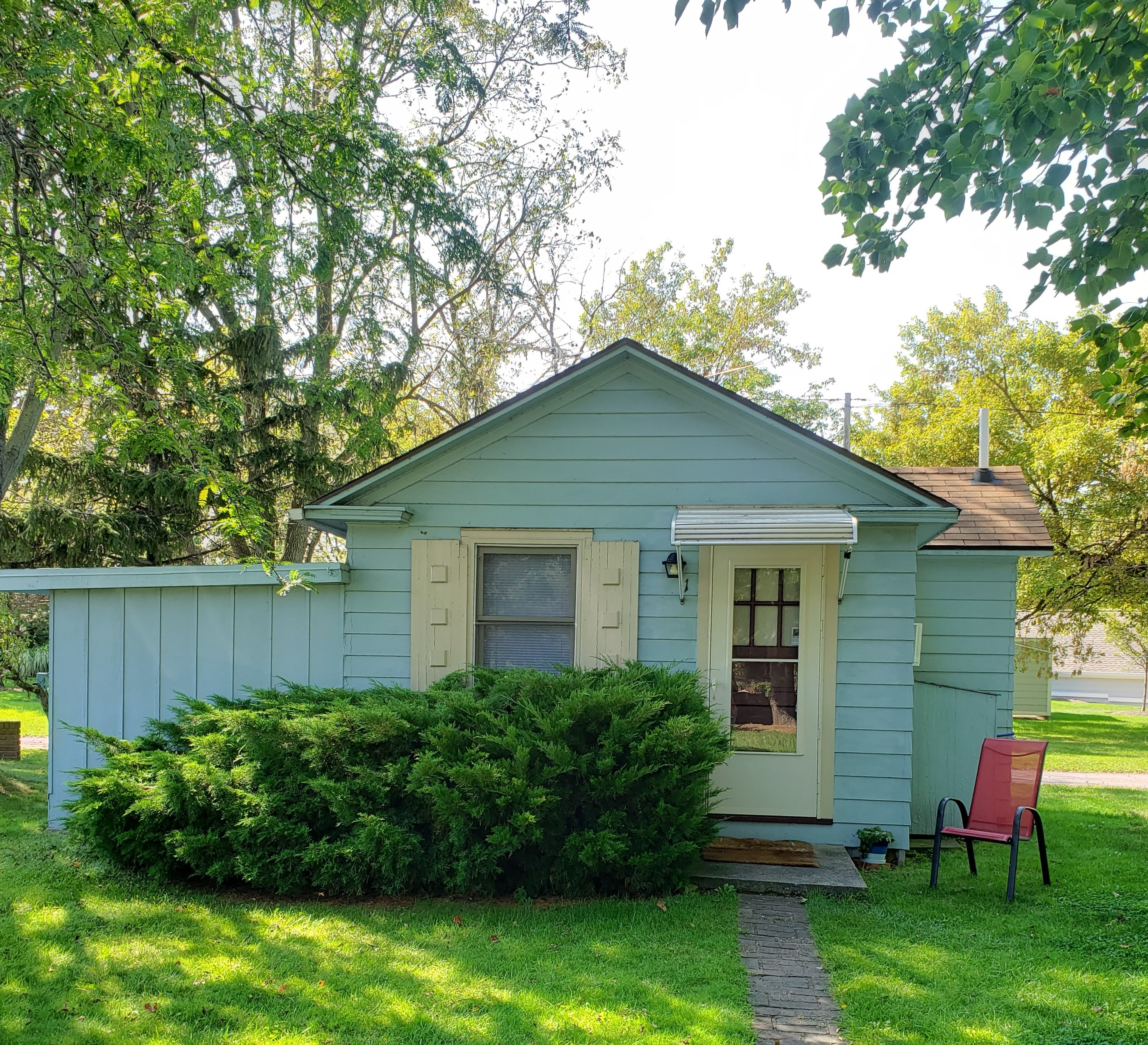 Beachfront 20 Cottage on Lake Erie   Cottages for Rent in ...