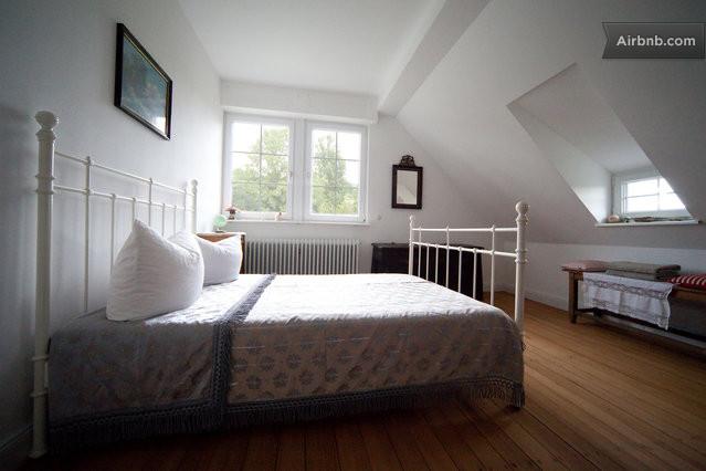 wohnen im alten pfarrhaus in herbolzheim. Black Bedroom Furniture Sets. Home Design Ideas