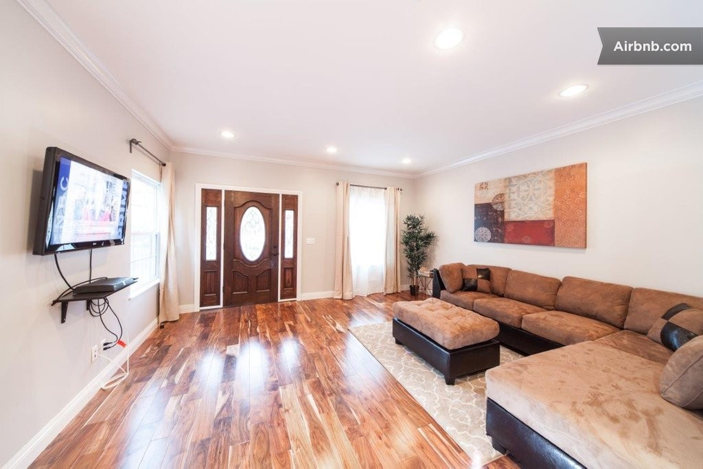 Heart Of Hollywood 4 Bedroom House In Los Angeles