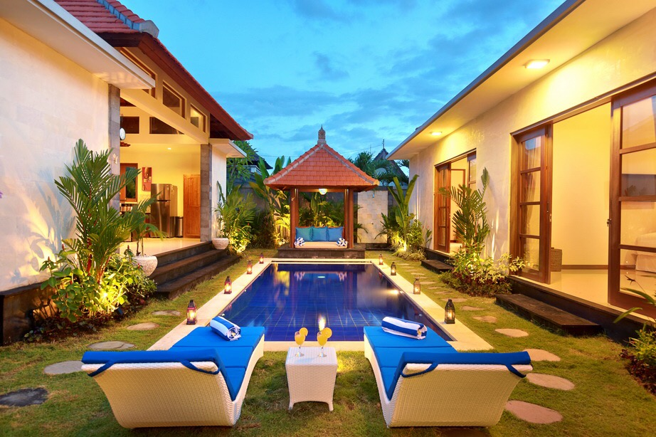 Nicola Villa Center Seminyak Square Villas For Rent In Seminyak Bali Indonesia