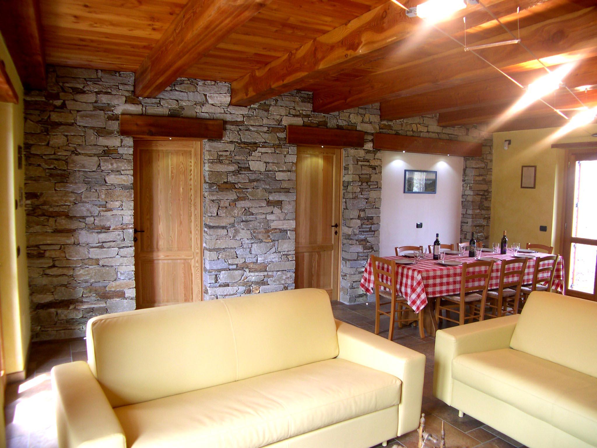 Cucina E Soggiorno Rustico la dolce vita chalet, con piscina - houses for rent in