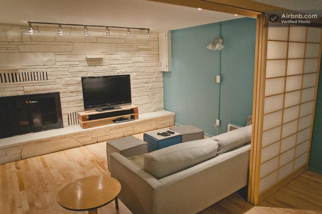 mid century modern apartment in seattle